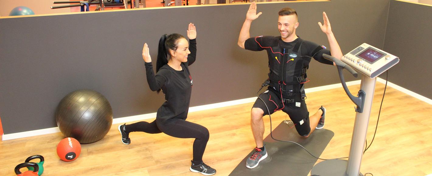fitxpress ems training elektronische muskelstimulation im fitnessstudio in hamburg rahlstedt. Black Bedroom Furniture Sets. Home Design Ideas